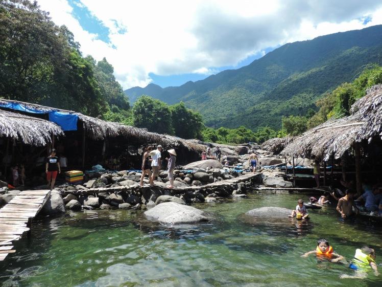 Elephant springs Hai Van Pass