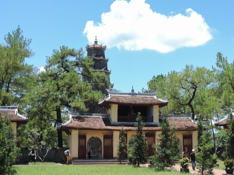 Thein Mu Pagoda.jpg