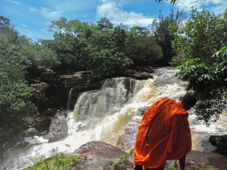 Monk at Popokvil Waterfall .jpg